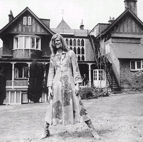 Bowie's Men's dress