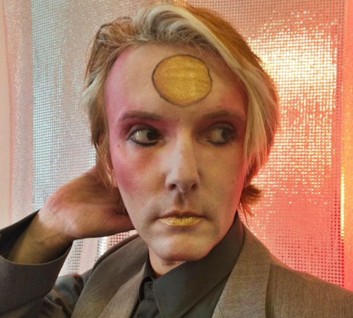 Will Brooker als Bowie